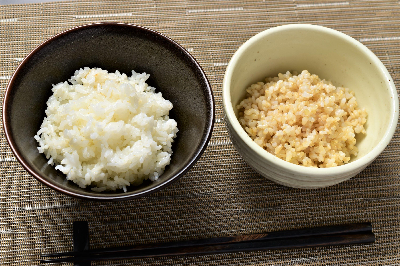 白米と玄米の食べ比べ