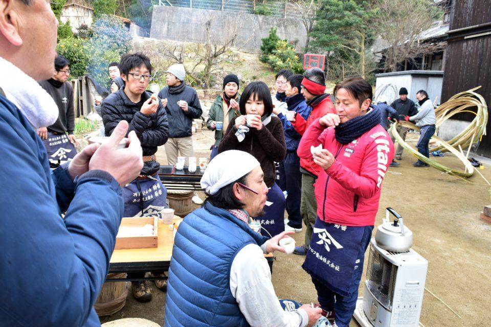 木桶の魅力に多くの人が集まる