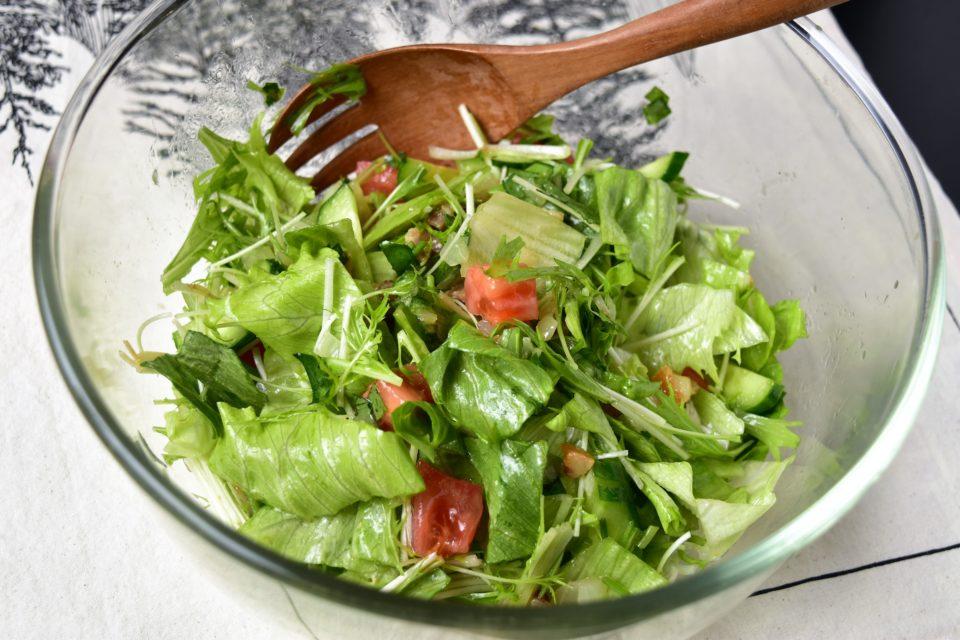 三つ葉ドレッシングのサラダ