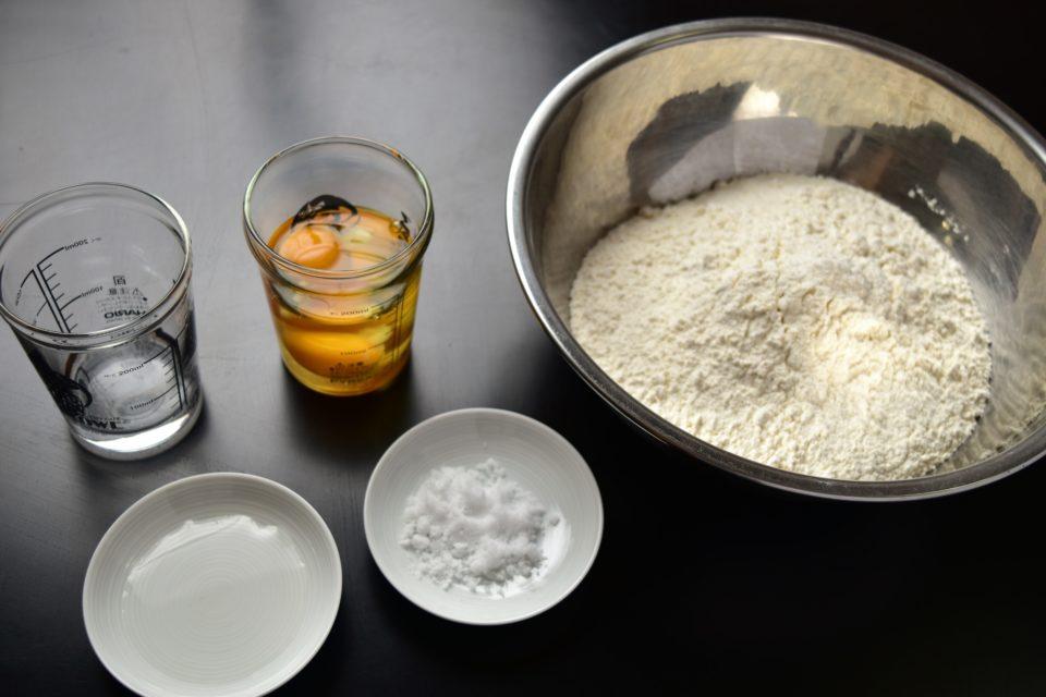 中華麺の材料