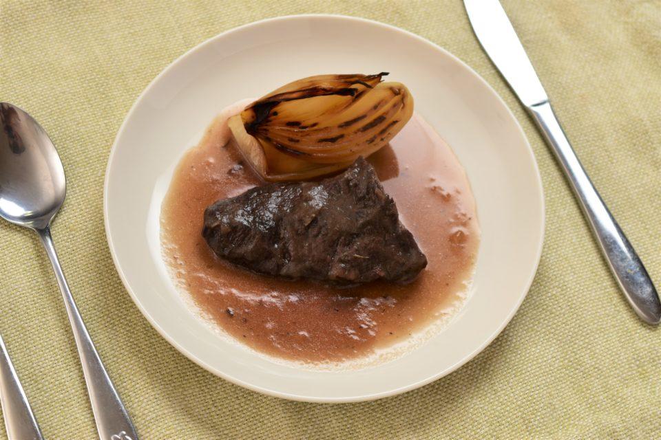 むかわのジビエ鹿肉の赤ワイン煮