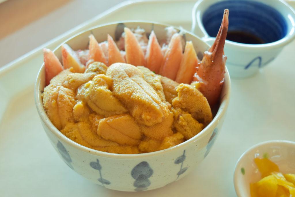 ココ・カピウのウニカニミックス丼